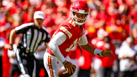 KANSAS CITY, MO - SEPTEMBER 23: Patrick Mahomes #15 of the Kansas City Chiefs scrambles out of the pocket during the second quarter of the game against the San Francisco 49ers at Arrowhead Stadium on September 23rd, 2018 in Kansas City, Missouri. (Photo by David Eulitt/Getty Images)