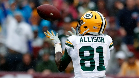 LANDOVER, MD - SEPTEMBER 23: Geronimo Allison #81 of the Green Bay Packers catches a touchdown pass in the second quarter against the Washington Redskins at FedExField on September 23, 2018 in Landover, Maryland. (Photo by Todd Olszewski/Getty Images)