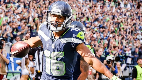 SEATTLE, WA - SEPTEMBER 23:  Wider Receiver Tyler Lockett #16 of the Seattle Seahawks celebrates a 2nd quarter touchdown against the Dallas Cowboys at CenturyLink Field on September 23, 2018 in Seattle, Washington.  (Photo by Otto Greule Jr/Getty Images)
