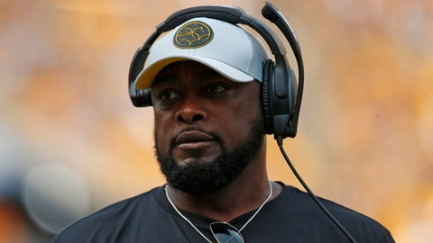 PITTSBURGH, PA - AUGUST 25:  Head coach Mike Tomlin of the Pittsburgh Steelers in action against the Tennessee Titans during a preseason game on August 25, 2018 at Heinz Field in Pittsburgh, Pennsylvania.  (Photo by Justin K. Aller/Getty Images)