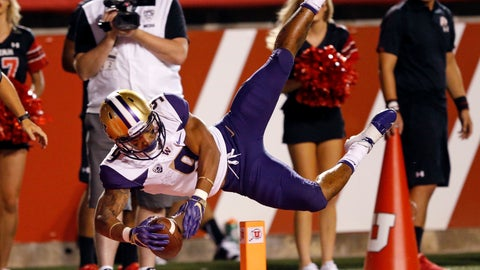 <p>               Washington running back Myles Gaskin (9) scores against Utah in the first half during an NCAA college football game, Saturday, Sept. 15, 2018, in Salt Lake City. (AP Photo/Rick Bowmer)             </p>