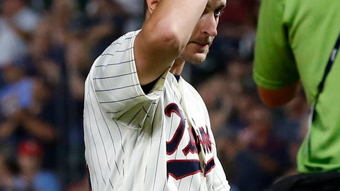 <p>               Minnesota Twins pitcher Jake Odorizzi doffs his cap to an ovation when he was pulled in the eighth inning of a baseball game against the New York Yankees after pitching a no-hitter through seven innings Wednesday, Sept. 12, 2018, in Minneapolis. The Twins won 3-1. (AP Photo/Jim Mone)             </p>