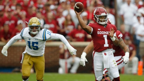 <p>               Oklahoma quarterback Kyler Murray (1) throws in front of UCLA linebacker Jaelan Phillips (15) in the first quarter of an NCAA college football game in Norman, Okla., Saturday, Sept. 8, 2018. (AP Photo/Sue Ogrocki)             </p>
