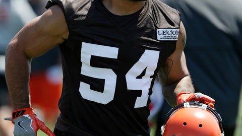 "<p>               FILE - In this July 26, 2018, file photo, Cleveland Browns' Mychal Kendricks is shown during an NFL football training camp in Berea, Ohio. Federal prosecutors in Philadelphia say Cleveland Browns linebacker Mychal Kendricks used insider trading tips from an acquaintance to make about $1.2 million in illegal profits on four major trading deals. Kendricks says in a statement released by his lawyer Wednesday, Aug. 29, 2018, that he's sorry and ""deeply"" regrets his actions.(AP Photo/Tony Dejak, File)             </p>"