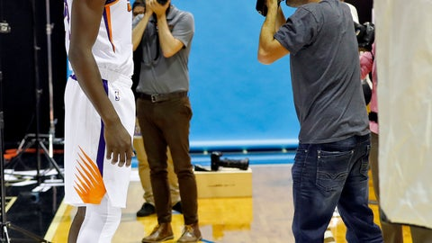 <p>               Phoenix Suns' Deandre Ayton poses for photographer Mark Rebilis during media day at the NBA basketball team's practice facility in Phoenix, Monday, Sept. 24, 2018. (AP Photo/Jack Dempsey)             </p>