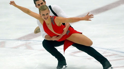 <p>               Madison Hubbell and Zachary Donohue, of the of United States, skate during the ice dance practice at the U.S. International Figure Skating Classic, Thursday, Sept. 13, 2018, in Salt Lake City. (AP Photo/Rick Bowmer)             </p>