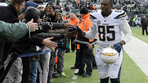 <p>               FILE - In this Dec. 24, 2017, file photo, Los Angeles Chargers tight end Antonio Gates (85) greets fans before an NFL football game against the New York Jets in East Rutherford, N.J. Gates has re-signed with the Los Angeles Chargers for his 16th season. The Chargers announced a one-year deal Sunday, Sept. 2, 2018, with Gates, the leading receiver in franchise history. (AP Photo/Bill Kostroun, File)             </p>