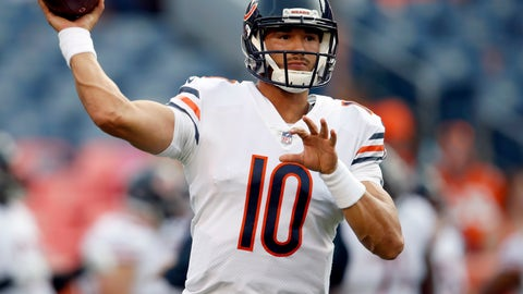<p>               FILE - In this Saturday, Aug. 18, 2018, file photo, Chicago Bears quarterback Mitchell Trubisky (10) warms up prior to a preseason NFL football game against the Denver Broncos in Denver. As the Chicago Bears prepare for a primetime season opener against Aaron Rodgers and the rival Green Bay Packers, quarterback Mitchell Trubisky sees a team with no limits. The Bears come into the matchup at Lambeau Field on Sunday night, Sept. 9, 2018 with a decidedly different outlook after changing coaches, overhauling the receivers group and pulling off a huge trade last weekend to add two-time All-Pro Khalil Mack to their defense. (AP Photo/David Zalubowski, File)             </p>