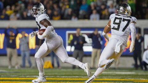 <p>               Oregon's La'Mar Winston Jr. (32) runs for a touchdown against California during the first half of an NCAA college football game Saturday, Sept. 29, 2018, in Berkeley, Calif. (AP Photo/Don Feria)             </p>