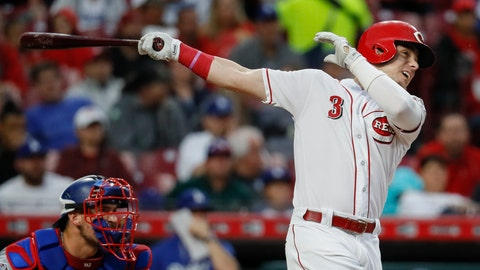 <p>               Cincinnati Reds' Scooter Gennett hits an RBI single off Los Angeles Dodgers starting pitcher Alex Wood in the first inning of a baseball game, Monday, Sept. 10, 2018, in Cincinnati. (AP Photo/John Minchillo)             </p>