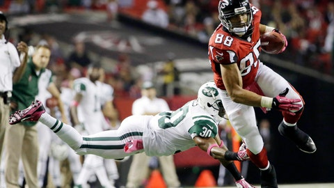 <p>               FILE - In this Oct. 7, 2013, file photo, Atlanta Falcons tight end Tony Gonzalez (88) moves the ball after a catch as New York Jets cornerback Darrin Walls (30) defends during the second half of an NFL football game in Atlanta. Gonzalez, the most accomplished tight end in NFL history, Ed Reed, Champ Bailey and London Fletcher are first-year eligible players among the 102 modern-era nominees for the class of 2019 for the Pro Football Hall of Fame, announced Thursday, Sept. 13, 2018. (AP Photo/David Goldman, File)             </p>