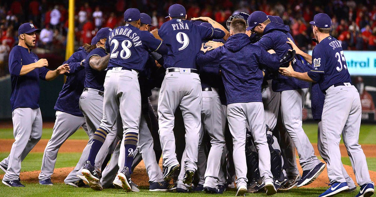 e982787d90fc6c Milwaukee Brewers playoff primer: Chasing a division title