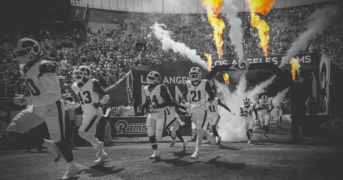 Rams_enter_091618_bw_fade_lr.vresize.1200.630.high.12