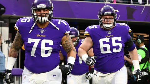 Aviante Collins - Minnesota Vikings - Offensive Tackle