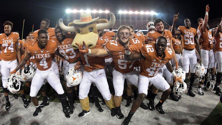 HIGHLIGHTS: Texas Longhorns hammer No. 22 USC Trojans 37-14