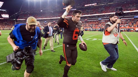 Twitter reacts to Baker Mayfield leading the Cleveland Browns to first victory in two years