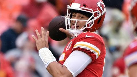 <p>               Kansas City Chiefs quarterback Patrick Mahomes (15) warms up before an NFL football game against the Jacksonville Jaguars in Kansas City, Mo., Sunday, Oct. 7, 2018. (AP Photo/Ed Zurga)             </p>
