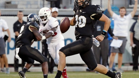 <p>               FILE - In this Sept. 21, 2018, file photo, Central Florida quarterback McKenzie Milton (10) runs for a 12-yard touchdown against Florida Atlantic during the first half of an NCAA college football game, in Orlando, Fla. He accounted for six TDs each of the last two games, passing for seven and running for five. UCF plays SMU on Saturday. (AP Photo/John Raoux, File)             </p>