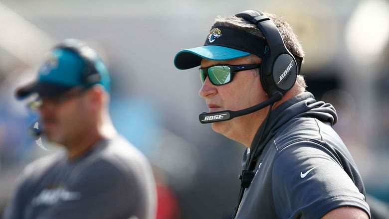 Tempers flare in Jaguars' locker room after lopsided loss to Texans