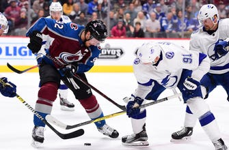 Nikita Kucherov nets late power-play goal in Lightning's 1-0 win over Avalanche
