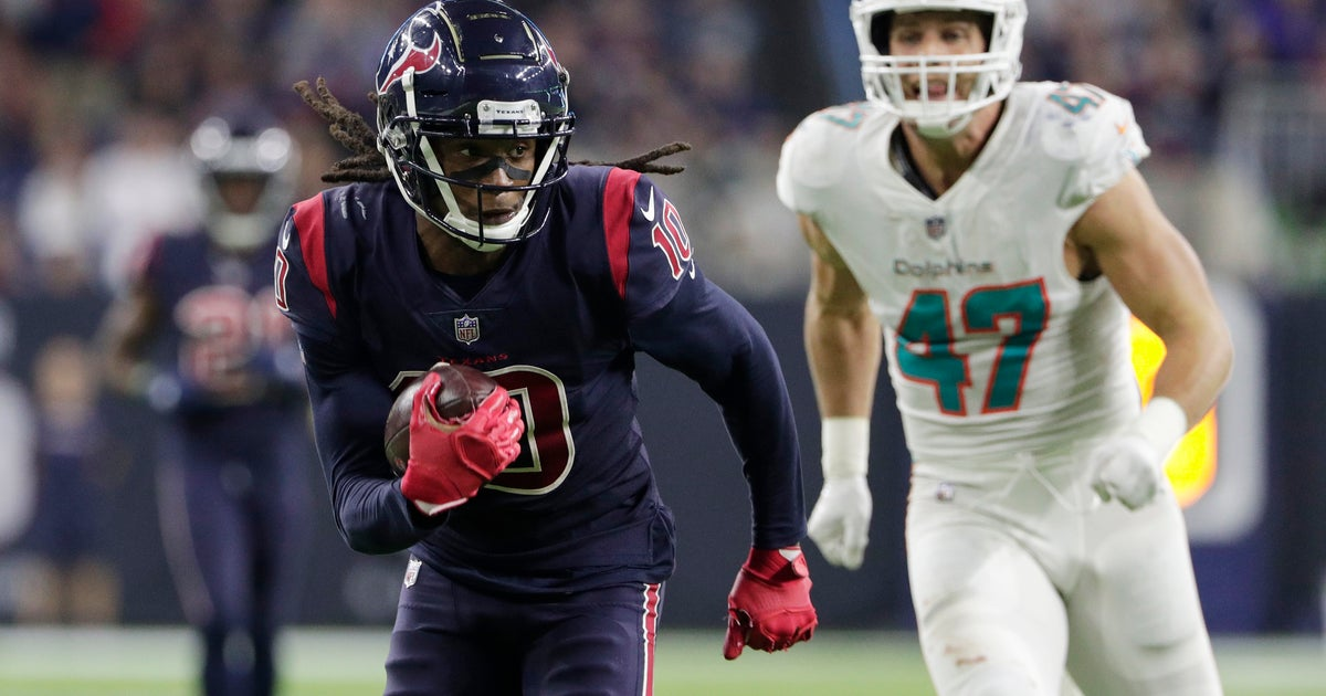 Miami's defense struggles in loss to Texans