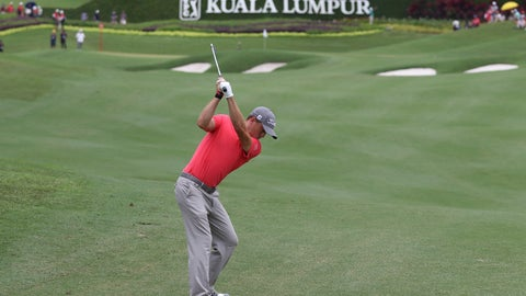 <p>               Justin Thomas of the United States of America plays his shot on the tenth hole during final round of the CIMB Classic golf tournament at Tournament Players Club (TPC) in Kuala Lumpur, Malaysia, Sunday, Oct. 14, 2018. (AP Photo/Vincent Phoon)             </p>