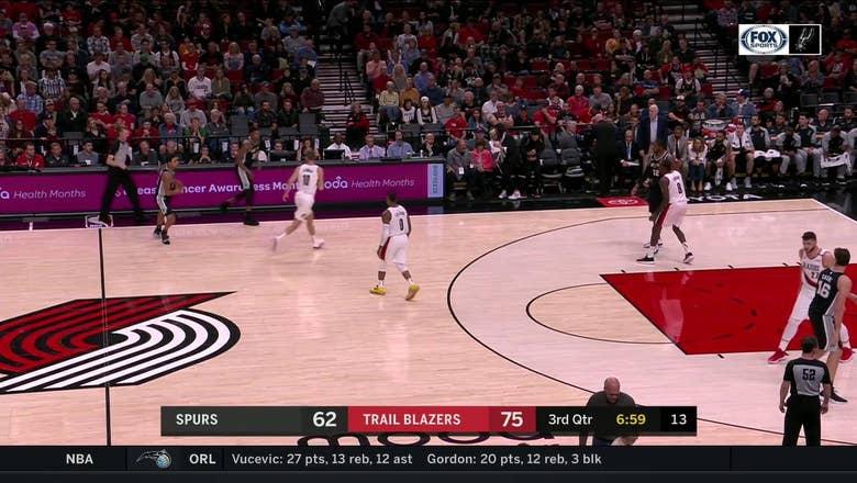 HIGHLIGHTS: Rudy Gay Knocks down the outside jumper | San Antonio Spurs at Portland Trail Blazers