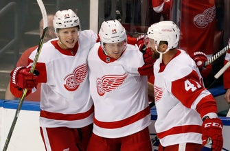 Nyquist scores winner in OT, Red Wings beat Panthers 4-3