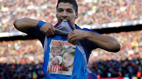 <p>               Barcelona forward Luis Suarez celebrates scoring his side's second goal during the Spanish La Liga soccer match between FC Barcelona and Real Madrid at the Camp Nou stadium in Barcelona, Spain, Sunday, Oct. 28, 2018. (AP Photo/Manu Fernandez)             </p>