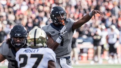 <p>               Illinois quarterback AJ Bush, Jr (1) throws in the first half of an NCAA college football game against Purdue, Saturday, Oct. 13, 2018, in Champaign, Ill. (AP Photo/Holly Hart)             </p>