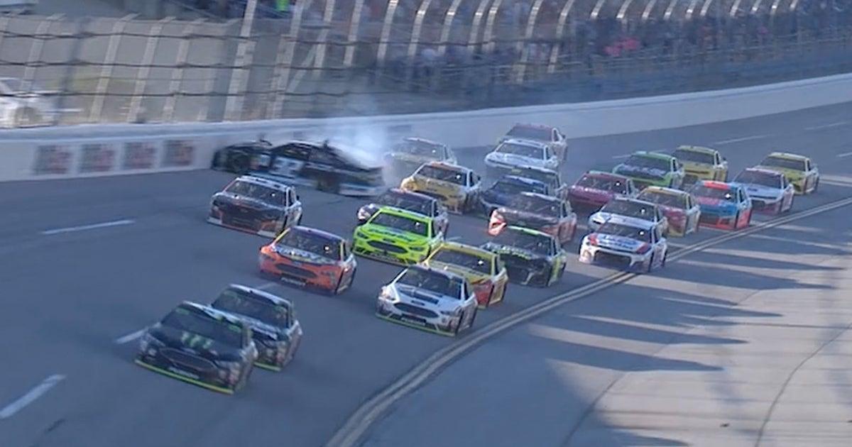 Chase Elliott & Matt DiBenedetto wreck on the final lap