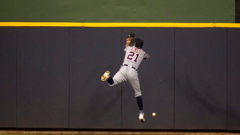 <p>               Detroit Tigers left fielder JaCoby Jones can not catch a fly ball hit from Milwaukee Brewers center fielder Lorenzo Cain during the seventh inning of an baseball game Sunday, Sept. 30, 2018, in Milwaukee. (AP Photo/Darren Hauck)             </p>