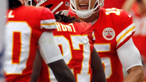<p>               Kansas City Chiefs quarterback Patrick Mahomes (15) celebrates a touchdown by running back Kareem Hunt (27) during the second half of an NFL football game against the Jacksonville Jaguars in Kansas City, Mo., Sunday, Oct. 7, 2018. (AP Photo/Charlie Riedel)             </p>