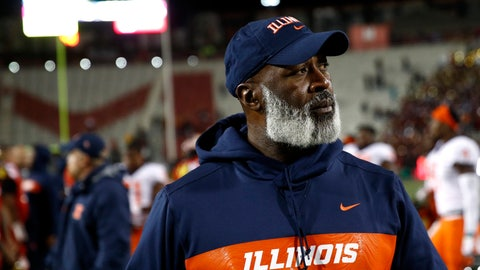 <p>               Illinois head coach Lovie Smith walks off the field after an NCAA college football game against Maryland, Saturday, Oct. 27, 2018, in College Park, Md. (AP Photo/Patrick Semansky)             </p>
