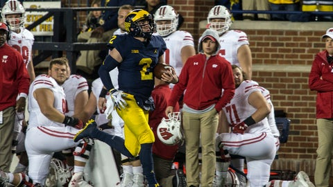 <p>               Michigan quarterback Shea Patterson (2) carries on an 81-yard run during the second quarter of an NCAA college football game against Wisconsin in Ann Arbor, Mich., Saturday, Oct. 13, 2018. (AP Photo/Tony Ding)             </p>