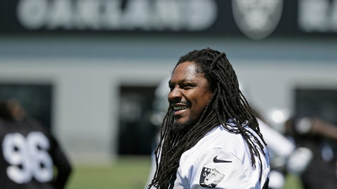 <p>               FILE - In this May 23, 2017, file photo, Oakland Raiders running back Marshawn Lynch stretches during NFL football practice in Alameda, Calif. Oakland may always be home for Lynch but Seattle was the city that truly made him a star. The Seahawks (2-3) will get an up-close look at Lynch again this week for the first time since he retired following the 2015 season when they travel to London to face the Raiders (1-4).  (AP Photo/Eric Risberg, File)             </p>