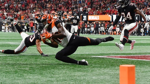 <p>               Cincinnati Bengals wide receiver A.J. Green (18) makes a touchdown catch against the Atlanta Falcons during the second half of an NFL football game, Sunday, Sept. 30, 2018, in Atlanta. The Cincinnati Bengals won 37-36. (AP Photo/John Amis)             </p>