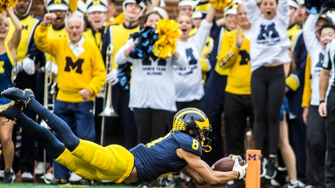 <p>               Michigan wide receiver Ronnie Bell (8) makes a 22-yard touchdown reception in the second quarter of an NCAA college football game against Maryland in Ann Arbor, Mich., Saturday, Oct. 6, 2018. (AP Photo/Tony Ding)             </p>