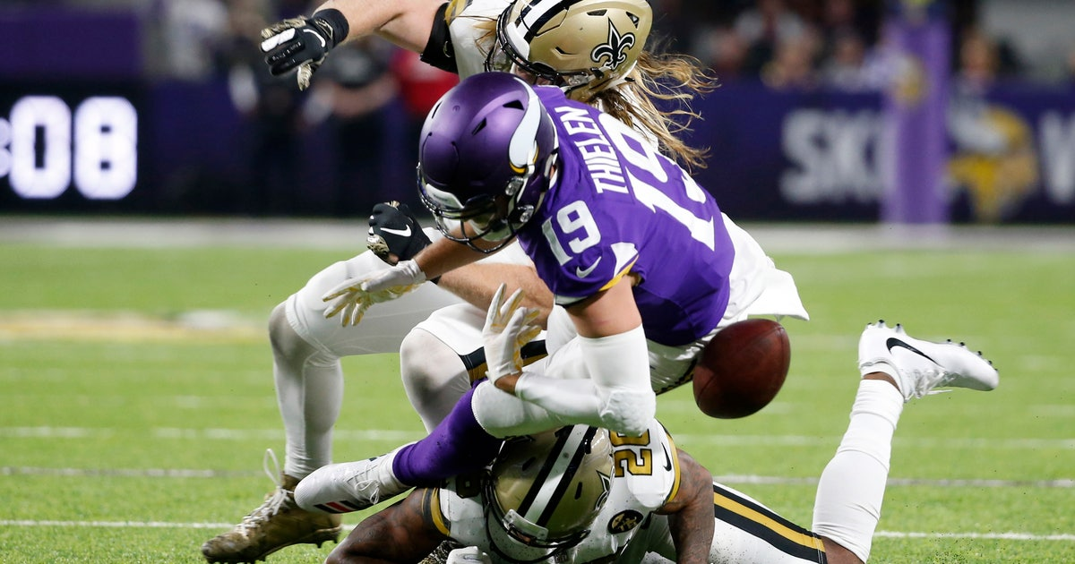 Minnesota mistakes: Thielen, Diggs cause costly turnovers