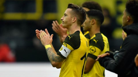 <p>               Dortmund's Marco Reus claps hands disappointed after the German Bundesliga soccer match between Borussia Dortmund and Hertha BSC Berlin in Dortmund, Germany, Saturday, Oct. 27, 2018. The match ended 2-2. (AP Photo/Martin Meissner)             </p>