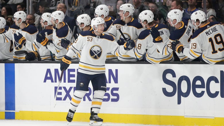 Skinner's hat trick leads Sabres over struggling Kings