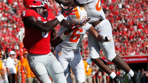 <p>               FILE - In this Sept. 29, 2018, file photo, Tennessee's Trevon Flowers (25) intercepts a pass as he and Alontae Taylor (6) defend against Georgia wide receiver Riley Ridley (8) during an NCAA college football game in Athens, Ga. Flowers has a broken collarbone that will sideline him for the next few weeks, hindering the depth of the Volunteers' young secondary as they deal with the toughest portion of their schedule. (AP Photo/John Bazemore, File)             </p>