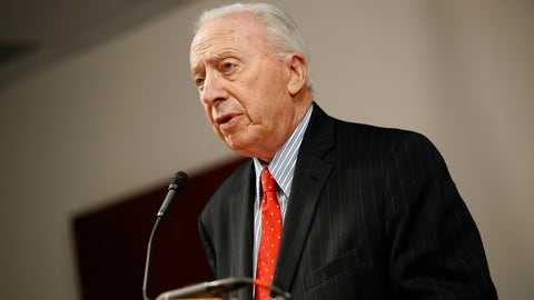 <p>               James Brady, chairman of the University System of Maryland Board of Regents, speaks at a news conference to announce the board's recommendation that football head coach DJ Durkin retain his job, Tuesday, Oct. 30, 2018, in Baltimore. Durkin has been on paid administrative leave since August, following the death of a player who collapsed during practice and an investigation of bullying by the Maryland coaching staff. (AP Photo/Patrick Semansky)             </p>