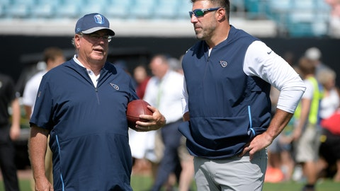 <p>               FILE - In this Sept. 23, 2018, file photo, Tennessee Titans coach Mike Vrabel, right, talks with defensive coordinator Dean Pees before the team's NFL football game against the Jacksonville Jaguars in Jacksonville, Fla. The Titans face the Baltimore Ravens this week; Pees is a former Ravens defensive coordinator. (AP Photo/Phelan M. Ebenhack, File)             </p>