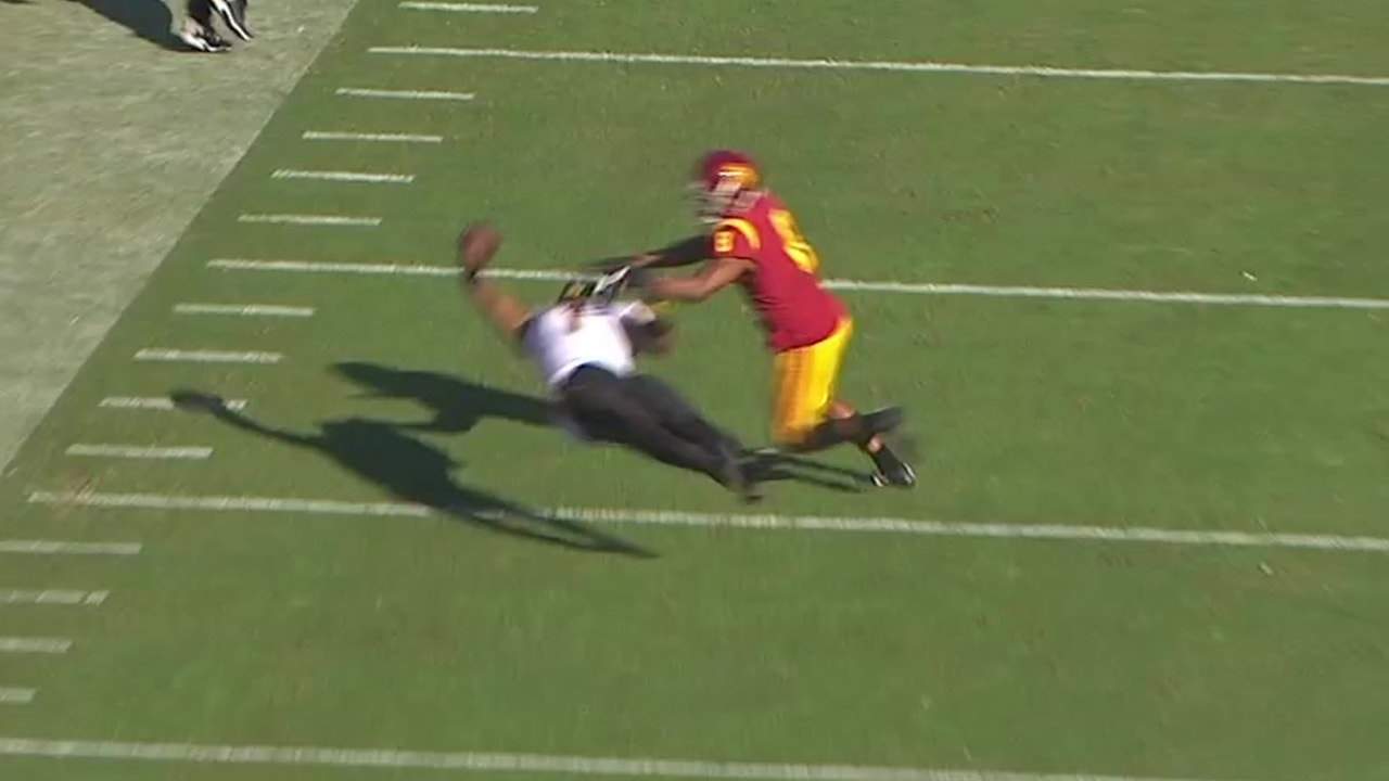 ASU's N'Keal Harry makes one of the best catches EVER — on his back, full  extension, and one-handed