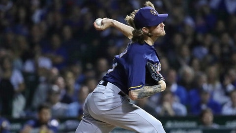 CHICAGO, IL - SEPTEMBER 12:  Josh Hader #71 of the Milwaukee Brewers pitches the 8th inning against the Chicago Cubs at Wrigley Field on September 12, 2018 in Chicago, Illinois.  (Photo by Jonathan Daniel/Getty Images)