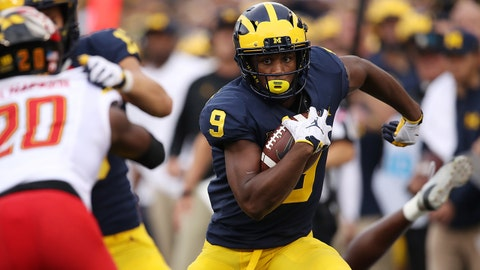 ANN ARBOR, MI - OCTOBER 06: Donovan Peoples-Jones #9 of the Michigan Wolverines runs for a touchdown after a second half catch while playing the Maryland Terrapins on October 6, 2018 at Michigan Stadium in Ann Arbor, Michigan. (Photo by Gregory Shamus/Getty Images)