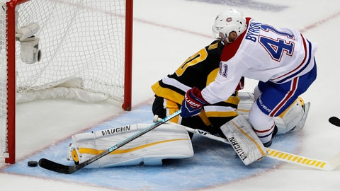 <p>               Montreal Canadiens' Paul Byron (41) scores against Pittsburgh Penguins goaltender Matt Murray (30) in the first period of an NHL hockey game in Pittsburgh, Saturday, Oct. 6, 2018. (AP Photo/Gene J. Puskar)             </p>