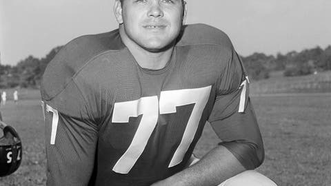 <p>               FILE - This Sept. 17, 1960 file photo shows New York Giants Dick Modzelewski.  Modzelewski, a star defensive tackle for the New York Giants in the 1950s and '60s, has died at 87. The team said in a statement Saturday, Oct. 20, 2018  he died Friday at his home in Eastlake, Ohio, outside Cleveland. No cause was given.  (AP Photo, File)             </p>