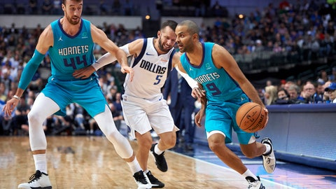 <p>               Charlotte Hornets' Tony Parker (9) drives to the basket around a screen by teammate Frank Kaminsky (44) on Dallas Mavericks' J.J. Barea (5) during the second half of an NBA preseason basketball game Friday, Oct. 12, 2018, in Dallas. (AP Photo/Cooper Neill)             </p>
